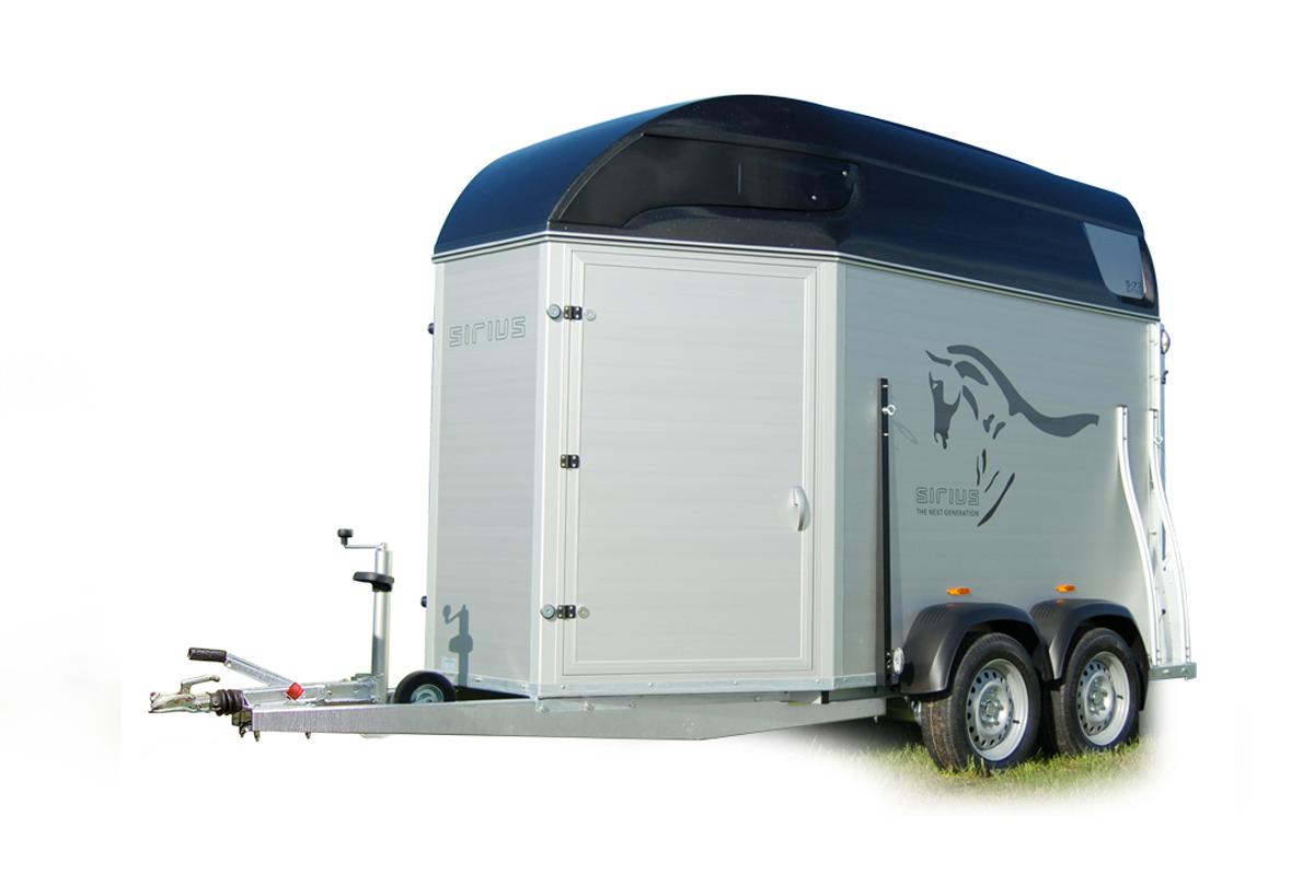 Sirius Trailers paardentrailer S75 polyester ruimte design