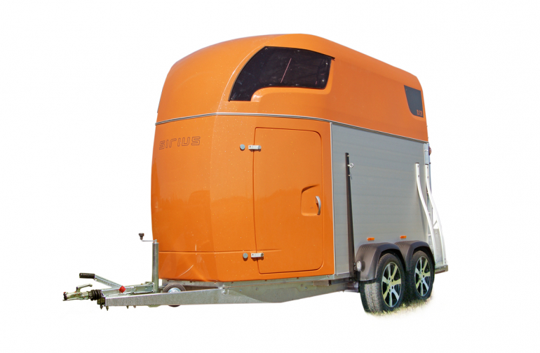 Sirius Trailers S75 horsetrailer aluminium sides polyester front functionality
